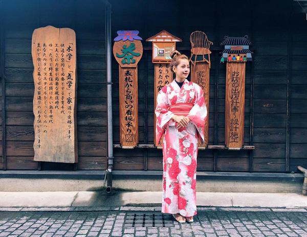 cach di va ngoi khi mac kimono